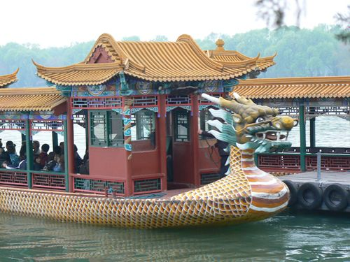 Summer-palace-dragon-boat