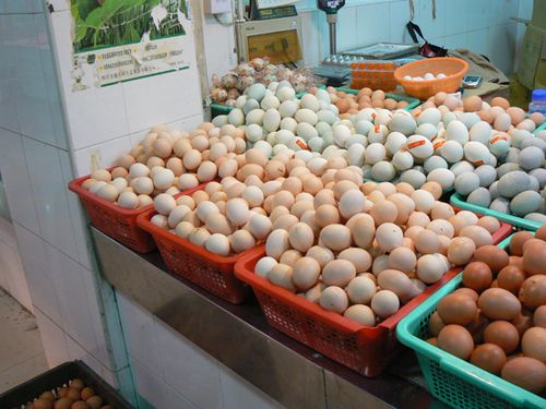 Shanghai-super-market-eggs