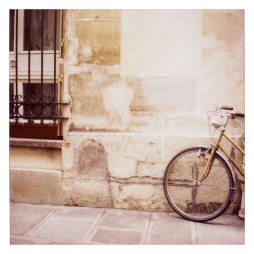 A.paris bikea
