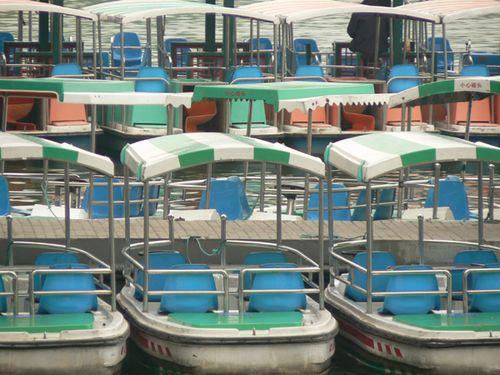 Summer-palace-boats