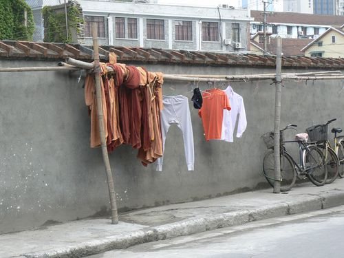 Shanghai-clothes-line