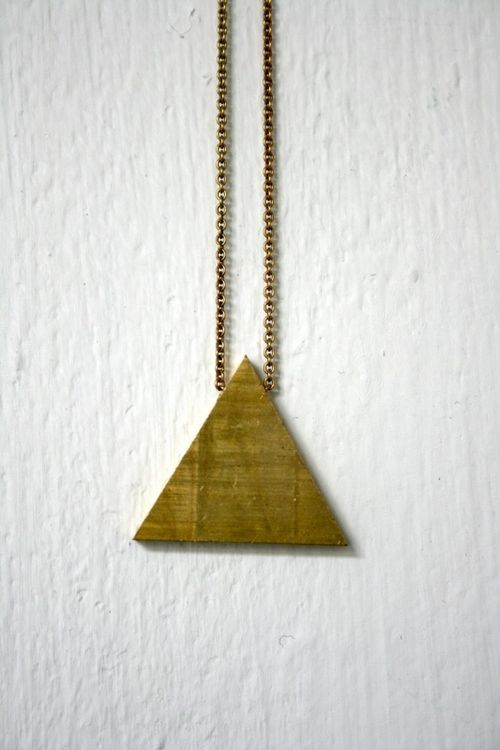 Trianglenecklace