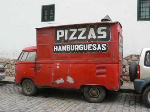Cuzco---Pizza-truck