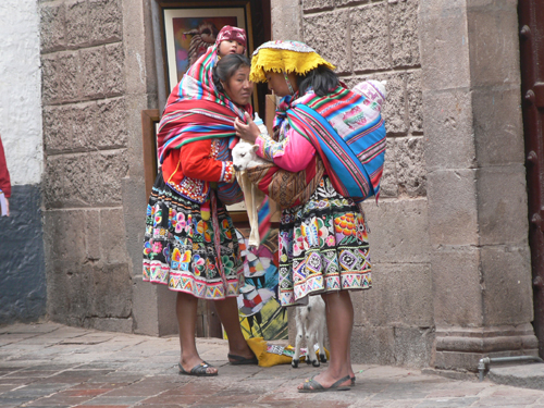 Cuzco---Woman-in-traditiona