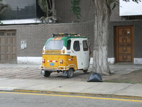 Lima---Small-bus