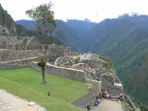 Machu-Picchu---mountains