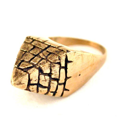 05 Lillian Crowe Pyramid Ring