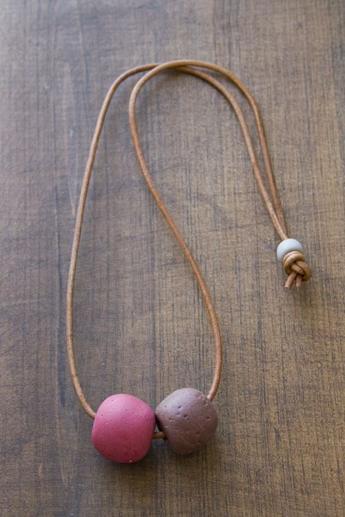 FMFY_ClayBeads_red_brown