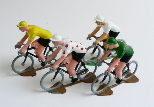 Handpainted-Cycling-Figures-2