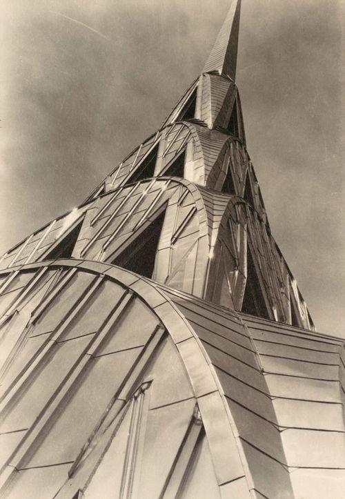 2.chrysler_mbourkewhite1930