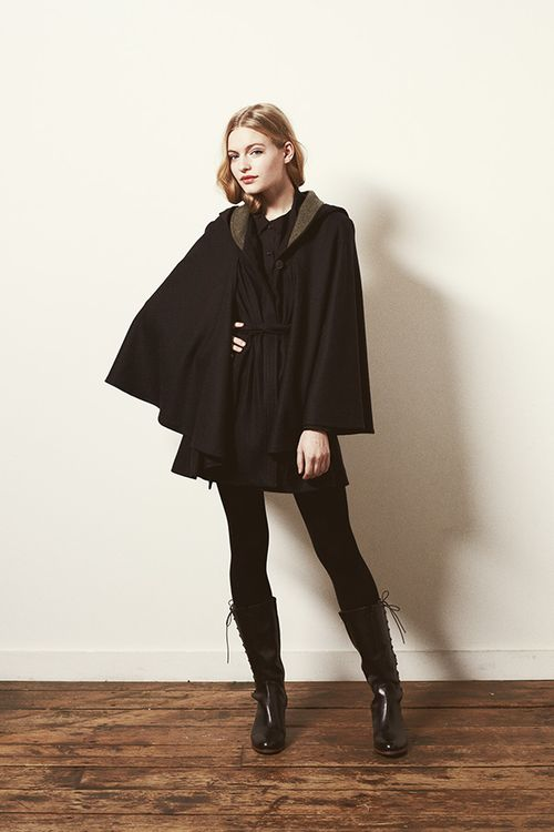 Look 20 - Apparition Cape