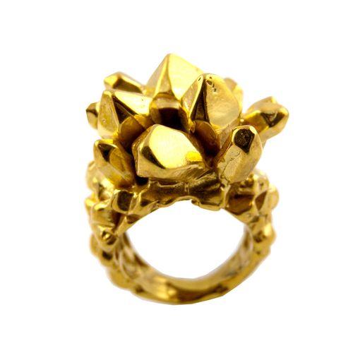 Pineapplecrystalringgold