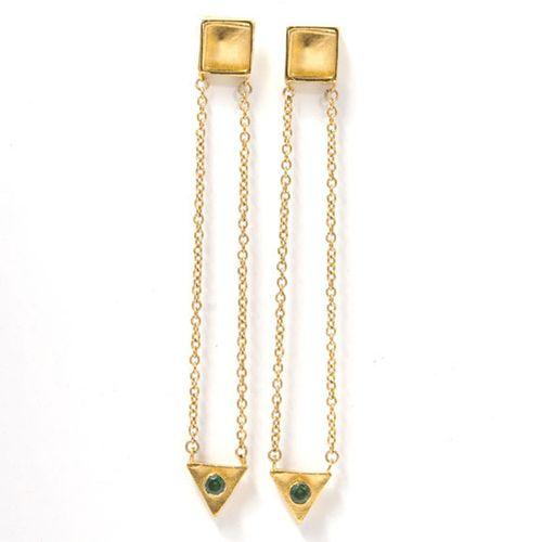 Dangle_earrings