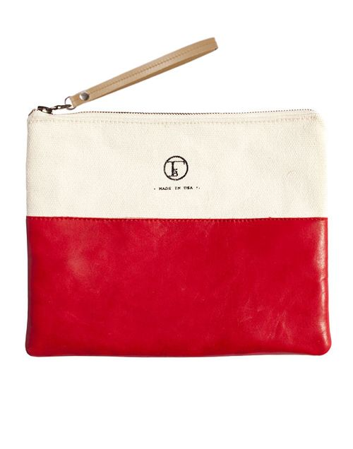 Travelers-Clutch-Pepper-Red-product-shot