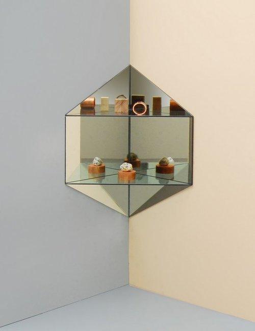 LG Studio_Mirage_Shelf_hexagon2