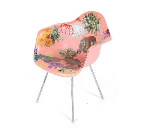 PE_chair5-530x456