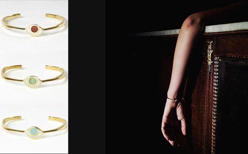 9-bracelets