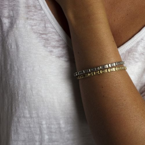Otte_Fitted_Bangle-4-Silver_1024x1024