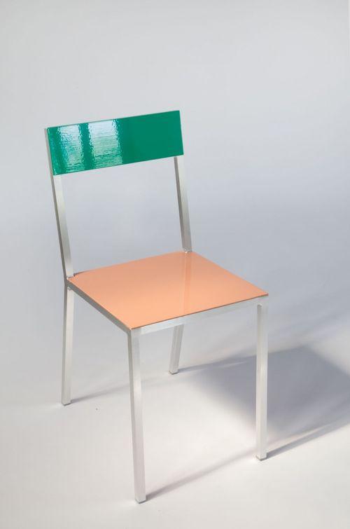 Mullervanseveren_chair2_3-750x1133