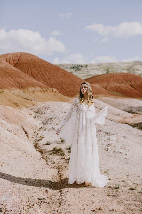 Honey-kennedy-eizabeth-dye-bridal-painted-hills-03