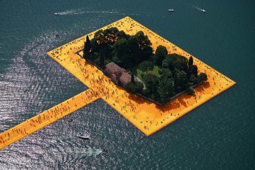 Christo-floating-piers-lake-iseo-italy