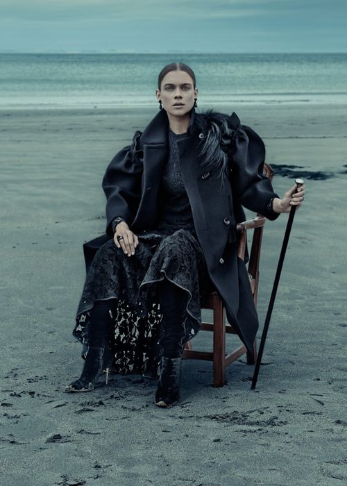 Gothic-Outfit-Inspiration-ELLE-Germany06
