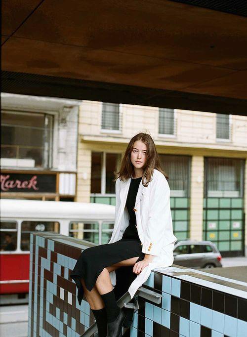 Zara-Pfeifer-for-Re-Store-Look-02a_670