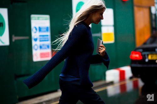 9974-Le-21eme-Adam-Katz-Sinding-Sarah-Harris-London-Fashion-Week-Spring-Summer-2016_AKS1484