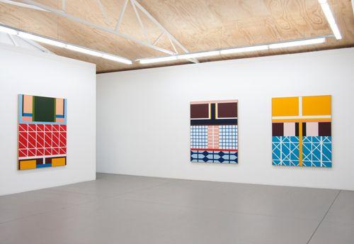 Esther-Stewart-Space-Color-Depth-trendland-10-800x550