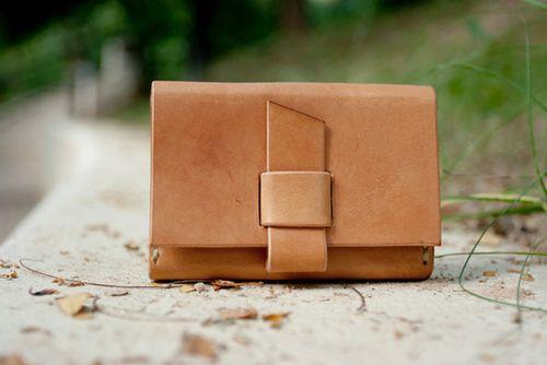 Honey-kennedy-loray-n-leather-02