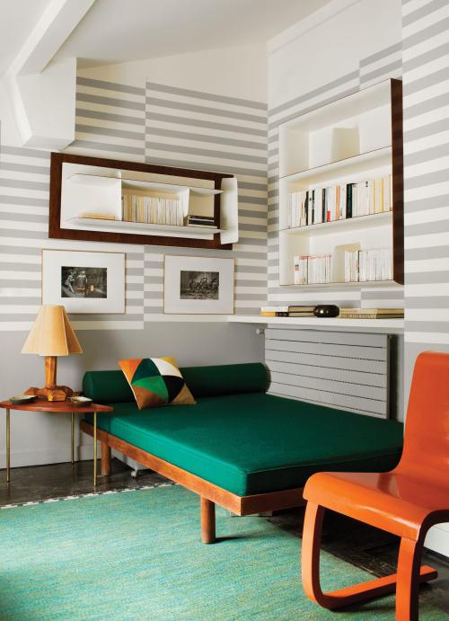 Florence-lopezs-revolving-decor-6