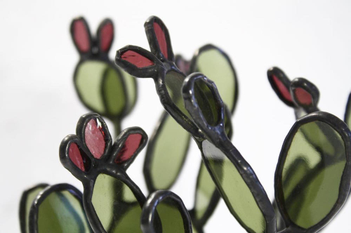Stained-glass-succulents-by-lesley-green-3