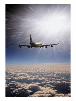 541210airplaneflyingthroughclouds_2